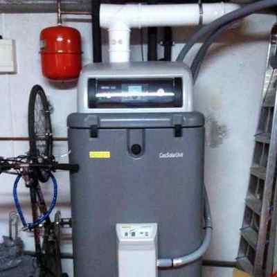 Instalacion de caldera Rotex de gas con apoyo solar.
