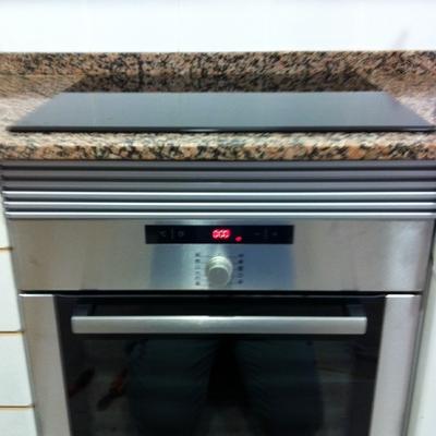 Instalación de horno y encimera