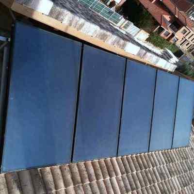 Instalacion de placas solares Rotex para agua caliente y calefaccion.