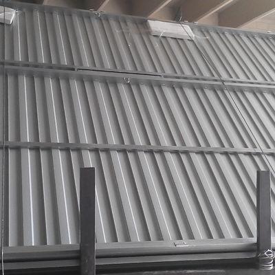 Instalación de puerta basculante Industrial