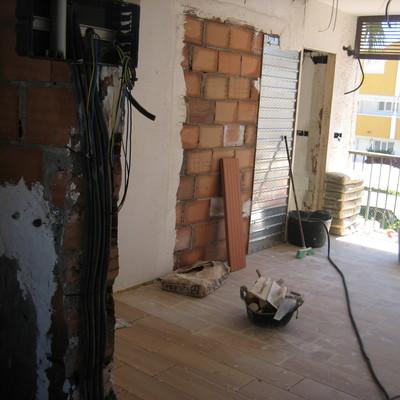 Instalación electrica y colocación puerta corredera