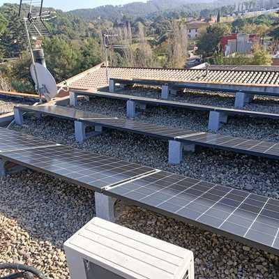 Instalación en Sant Cugat del Vallès, 5 kWp LG, Solax