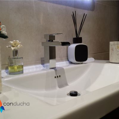 Instalación mueble y lavabo