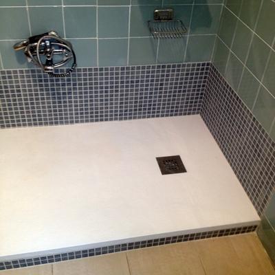 instalación plato de ducha y alicatado