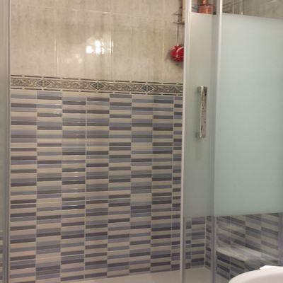 Instalación plato de ducha y mampara