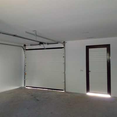 Interior Puerta Seccional