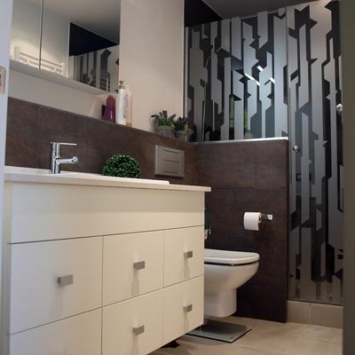Interiorismo y reforma de baño en Barcelona