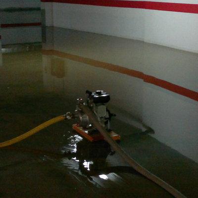 Vaciado de garajes y locales en inundaciones