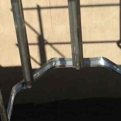 Escalera vertical tipo gato