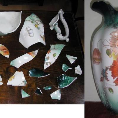 Jarra de porcelana antigua.