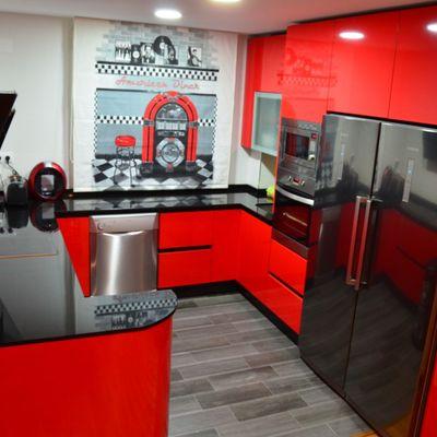 cocina en rojo