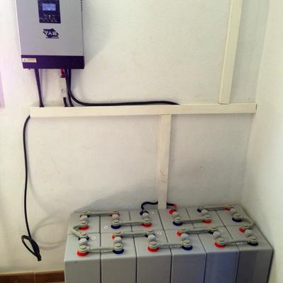 Kit solar fotovoltaico hibrido
