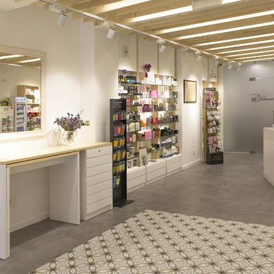 La Farmacia de Helena
