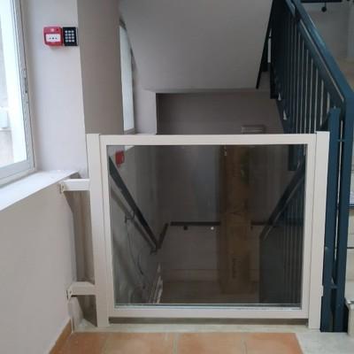 Portillos de seguridad para escalera 2