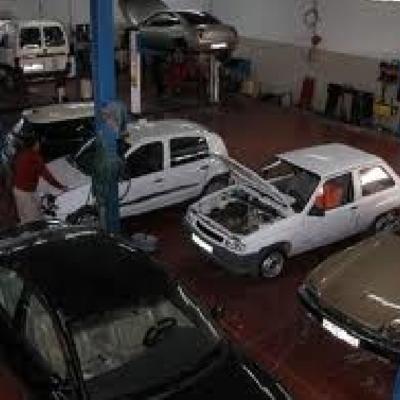 Licencia actividades y reforma taller de coches