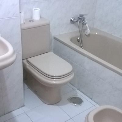 Limpieza de cuarto de Baño