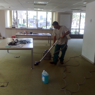Limpieza superficies de moqueta