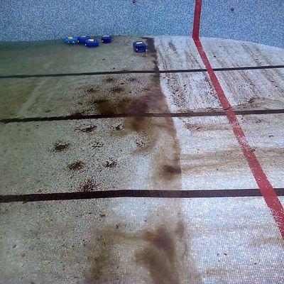 Limpieza y desinfeccion piscina comunidad