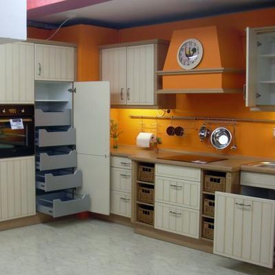 LIQUIDACION AL 60 % DTO: Mobiliario + Horno+ Lavavajillas