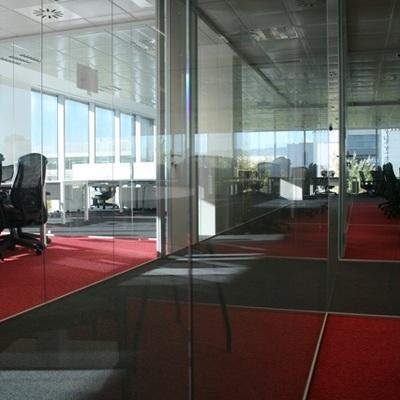 Stylewall mamparas oficinas arganda del rey for Oficina de empleo de arganda del rey