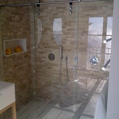 Presupuesto mamparas ducha en vigo online habitissimo for Duchas modernas de obra