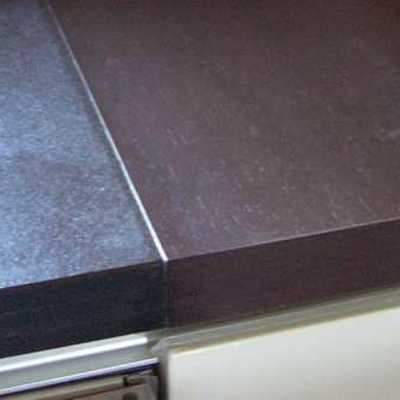 Maridaje de encimera de granito y madera