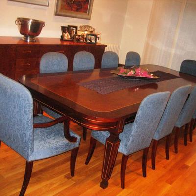 mesa y mobiliario madera maciza