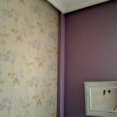 mezcla de violeta con papel