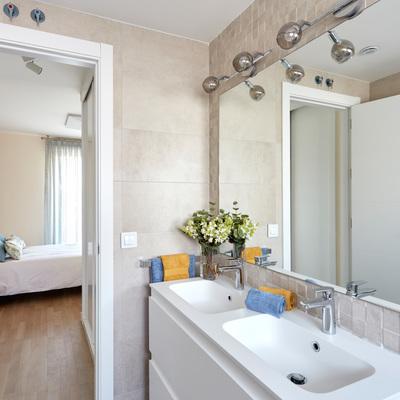 Iluminación en cuarto baño