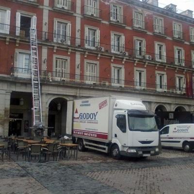 Mudanzas en Plaza Mayor (Madrid)