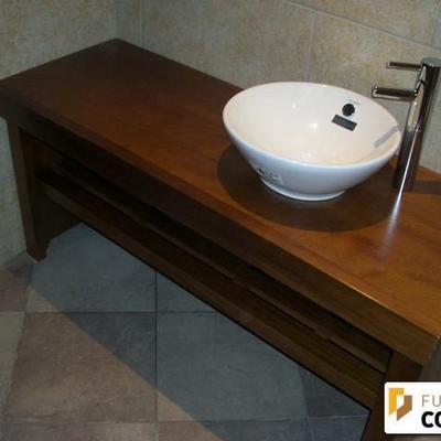 Mueble baño en madera Iroko