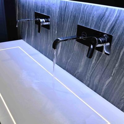 Detalle lavabo solid surface