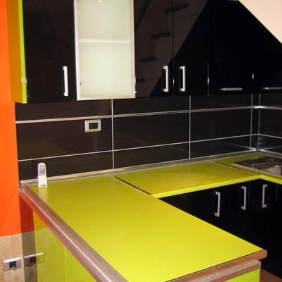 """Mueble de cocina """"lacado alto brillo"""""""