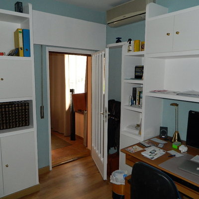 mueble de escayola,tarima flotante y pintura