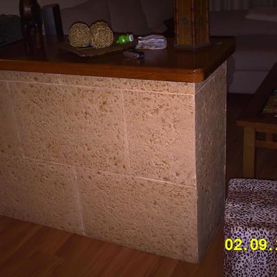 Mueble de obra para salones.
