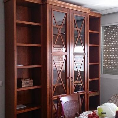 Mueble de salón de cerezo