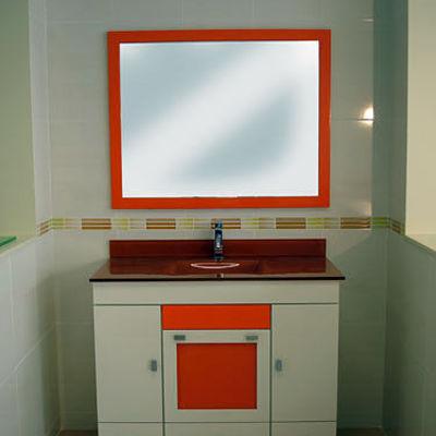 Mueble encimera de cristal naranja