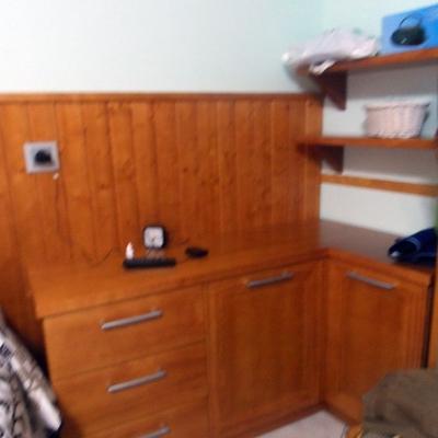 mueble rincon , estanterias y zocalo