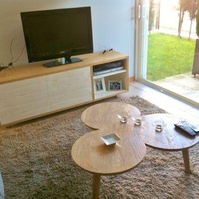 Mueble TV y Mesa centro trebol.
