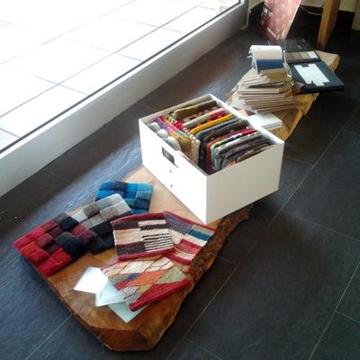 Muestras de alfombras en el estudio