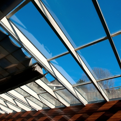 Muro cortina tejado