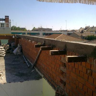 Muro y Zuncho perimetral