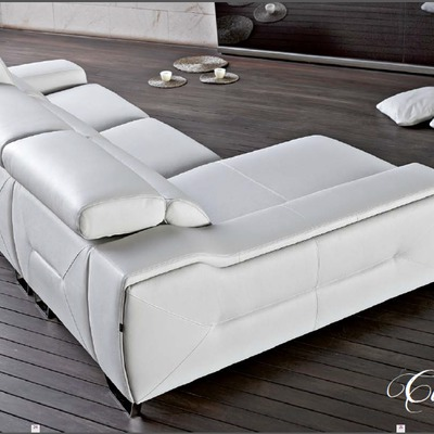 Sofá con chaiselongue