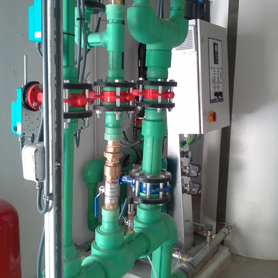 Grupo presión agua fría
