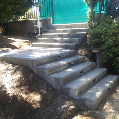 Escalera forjada in situ.