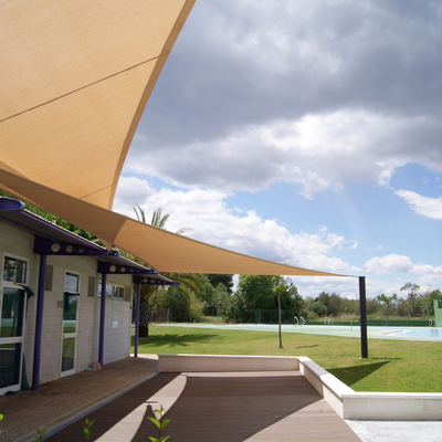 Nou espai D'Accés piscines municipals de santa bàrbara