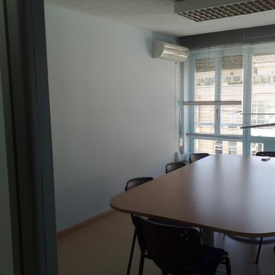 oficinas y salas de juntas