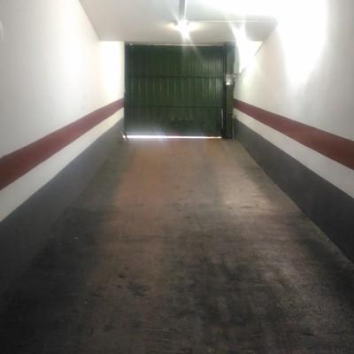 Acabado de pintado de garaje