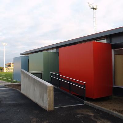 Obra: campo fútbol de Miranda-Avilés