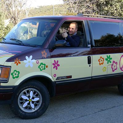 Rotulación de furgoneta hippie